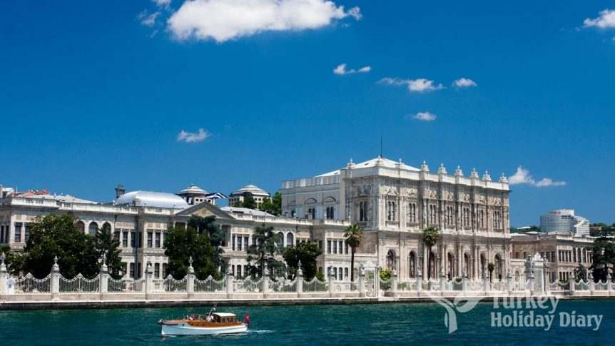 dolmabahce-place-sea
