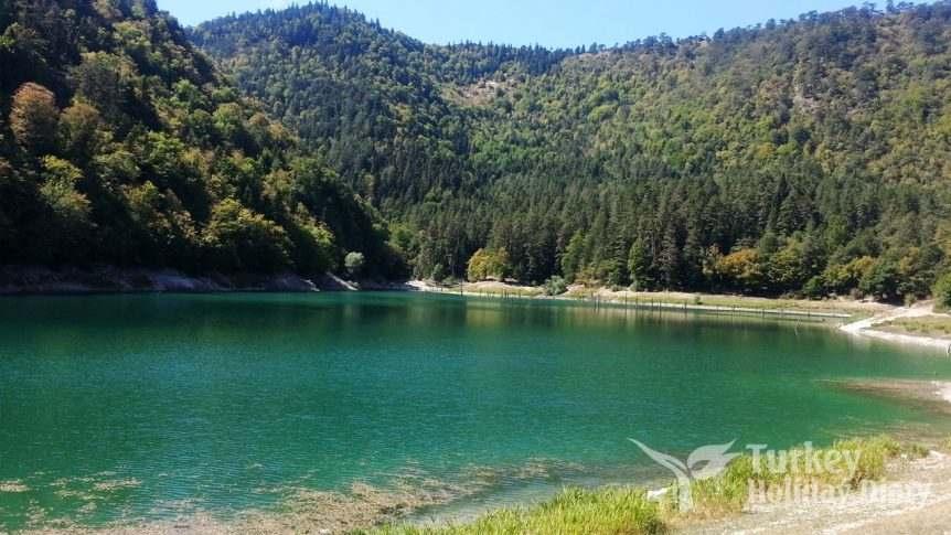 suluklu-lake