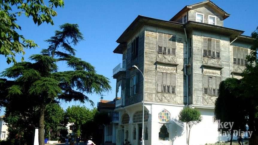 Istanbul Heybeliada Guide