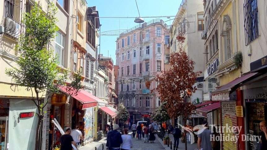 Galip Dede Street, Karaköy